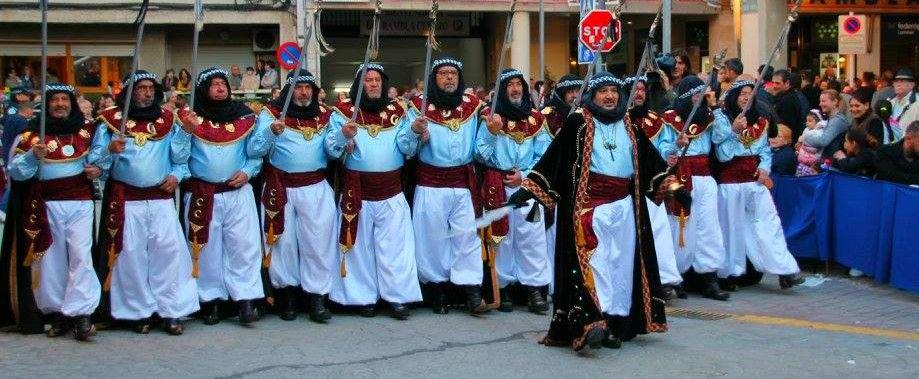 Escuadra de la Comparsa Beduinos (Foto: Facebook Beduinos)