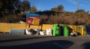 Medio Ambiente advierte: «Los puentes no son vertederos»