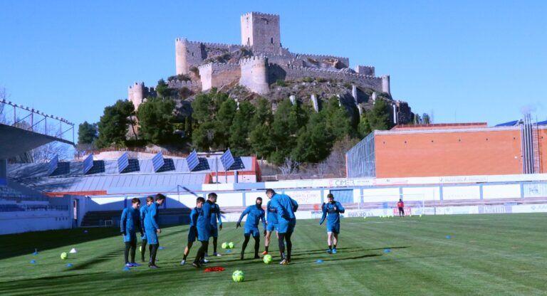 Albacete Balompié entrena en Almansa