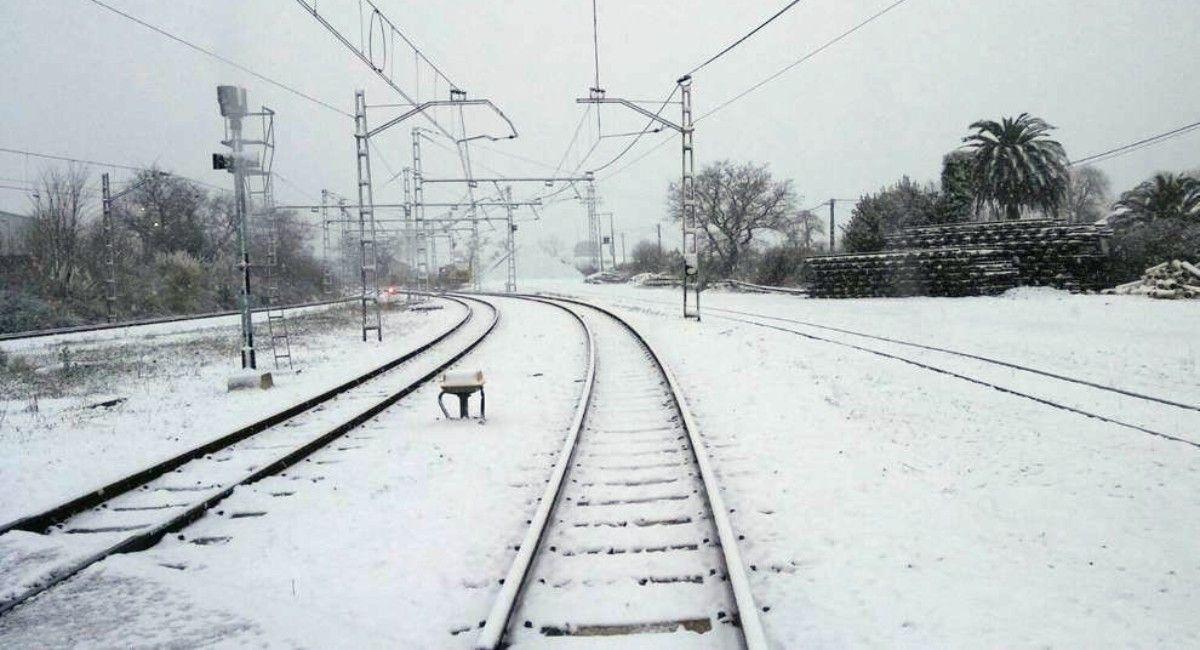 Estación de AVE en Almansa nieve