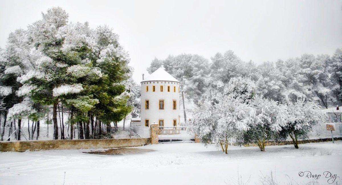 Nieve en el Molino de Almansa, por Paulino Ruano Díaz