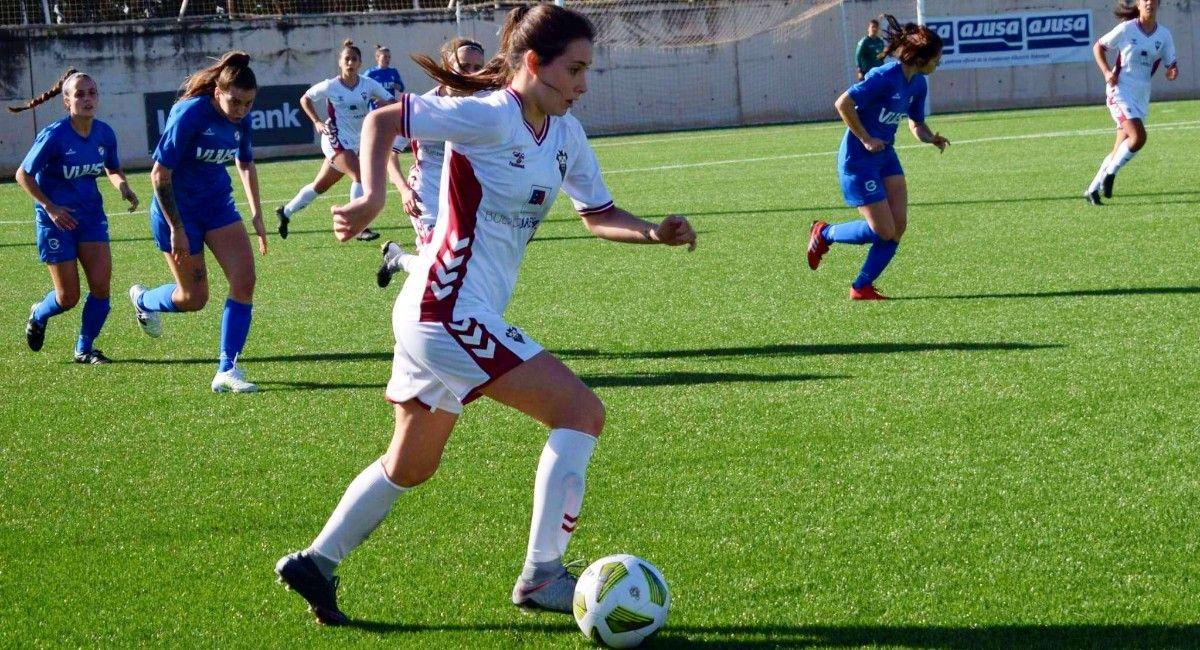 Paloma Quero Molina, futbolista de Almansa