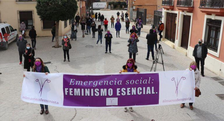 Acto de Almansa Feminista por el 8-M: creatividad ante la pandemia