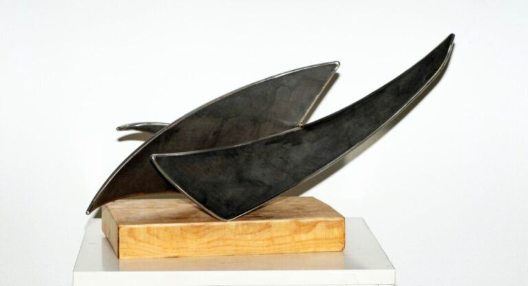 El escultor Joaquín Llorens expondrá en Villena