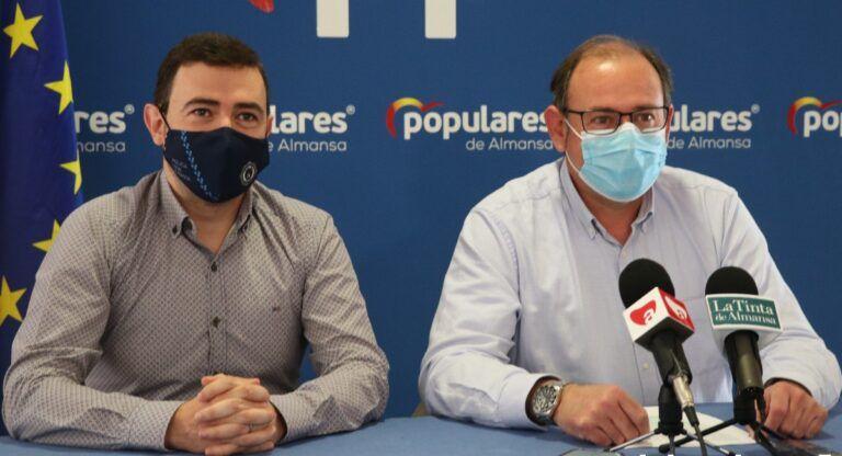 Longinos Marí y Sánchez Roselló (