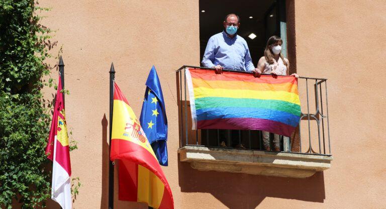 roselló orgullo gay