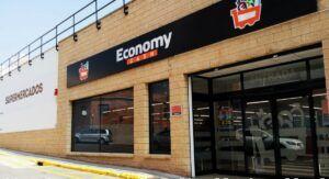 Economy Cash elige Almansa para abrir su primer supermercado en Castilla-La Mancha