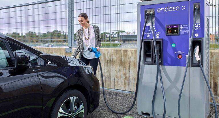 Puntos de recarga para coches eléctricos en Almansa
