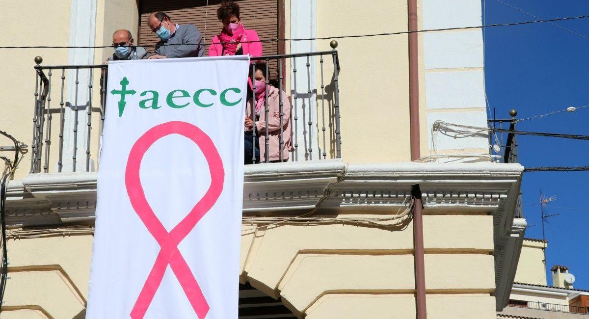 AECC Almansa lazo rosa