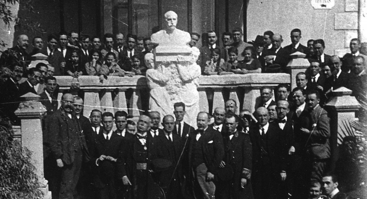 Estatua Coloma Benlliure