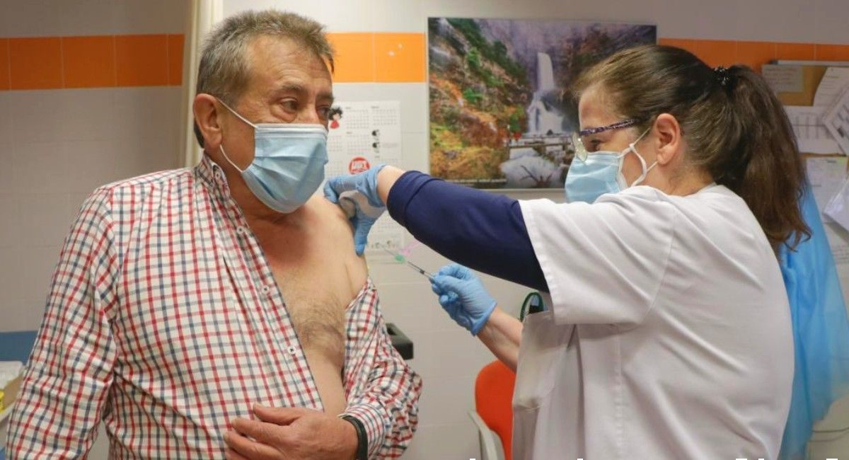 vacuna 65 años almansa